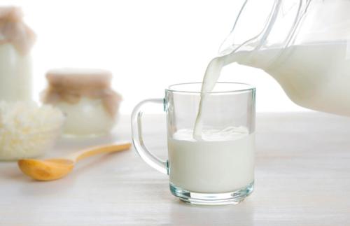 Польза и вред молока для организма человека